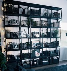 Ikea Expedit Bookcase, Paint Combinations, Ikea Hackers, Witch House, Hacks Diy, Fibres, Home Look, Inspired Homes, Apartment Design