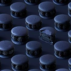 Learn to make these Blackberry Macarons! So freaking cool! Learn to make these Blackberry Macarons! So freaking cool!