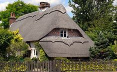 Home of Weird Pictures, Strange Facts, Bizarre News and Odd Stuff Cottages England, Pilgrim Fathers, Bizarre News, Jurassic Coast, House Of Beauty, Seaside Resort, English House, Dartmoor, Dream City