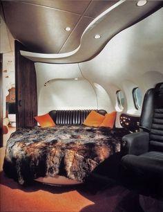 Hugh Hefner´s Jet, retro-futuristic furniture, retro-futuristic interior, Hugh Hefner,luxury aircraft,luxury lifestyle,luxury life,airplane by FuturisticNews.com