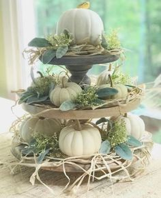 Thanksgiving Decorations, Halloween Decorations, Table Decorations, Thanksgiving Cards, Wedding Decorations, Fall Home Decor, Autumn Home, Fall Floral Arrangements, Arte Floral