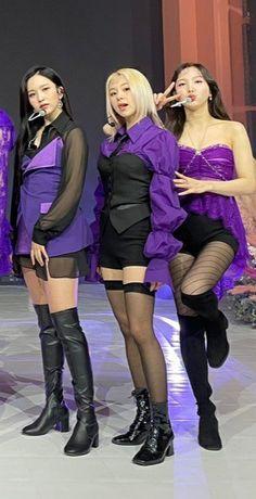 Knee Boots, Kpop Girls, Cherry, Babies, Fashion, Moda, Babys, Fashion Styles, Knee Boot