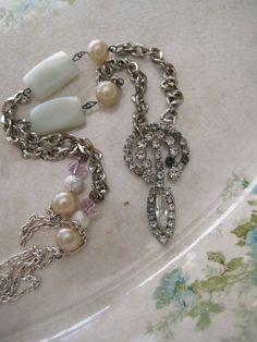 Prettypetals / vintage jewelry