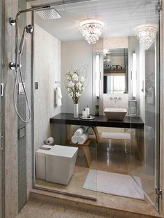 Wonderful Small Crystal Chandelier for Modern Bathroom Decoration: Awesome Contemporary Bathroom Design Interior Used Minimalist Space Decor. Small Luxury Bathrooms, Bathroom Design Luxury, Modern Bathroom Decor, Bathroom Design Small, Beautiful Bathrooms, Bathroom Interior, Home Interior, Bathroom Ideas, Bathroom Designs