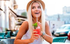ONDERZOEK: je oogkleur zou je drinkgedrag bepalen (Flair.be)