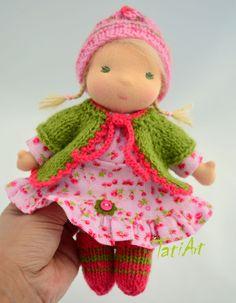 © TatiArt. Natural dolls and toys.: Лесная Гномочка, 20см Felt Bookmark, Waldorf Toys, Soft Dolls, Baby Dolls, Doll Clothes, Childhood, Crochet Hats, Teddy Bear, Textiles