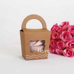 Vintage Kraft Single Cupcake/Macaron Boxes with by flavourbox Single Cupcake Boxes, Macaron Boxes, Kraft Boxes, Box Cake, Girl Shower, Favor Boxes, Macarons, Handle, Tags