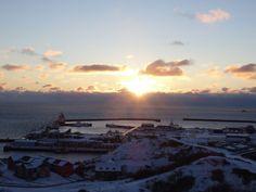 Sonnenaufgang über dem Hafen