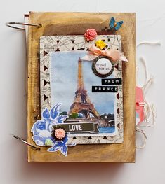 Diane Payne's gorgeous mini album!  #aflairforbuttons #projectlife