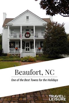 Are you thinking about holiday travels yet? Travel + Leisure has combines all of the best towns to travel for this years holidays. From warm weather to cold, these towns will bring holiday cheers to you and your family. #Christmas #Holiday #FamilyVacation #BestPlacestoTravel #Ideas | Travel + Leisure - America's Best Towns for the Holidays