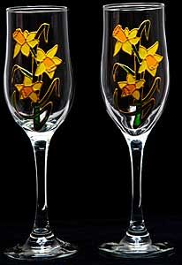 Celtic Glass Designs Set of 2 Hand Painted Champagne Flutes in a Daffodil Design. *** You can find more details by visiting the image link. Wine Glass, Glass Art, Champagne Glasses, Glass Design, Daffodils, Wines, Celtic, Clip Art, Hand Painted