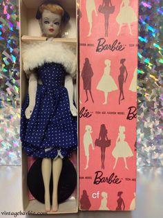 Gay Parisienne - Pink Box Dressed Display Dolls - Vintage Barbie Barbie Box, Play Barbie, Barbie And Ken, Vintage Barbie, Vintage Toys, Retro Vintage, Schools In Nyc, Barbie Family, Doll Display