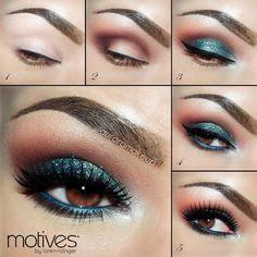 soft blue glitter eyes