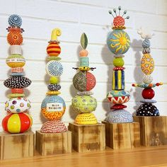 "totems by chARiTyelise contemporary take on totems that resists ""school art: mimicry Totem Pole Art, Diy And Crafts, Arts And Crafts, Garden Totems, Sculpture Clay, Art Plastique, Clay Projects, Yard Art, Clay Art"