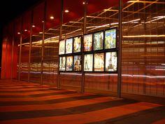Fachada Cap Cinema. Francia Danpalon Incoloro 16mm. Sistema constructivo para fachadas