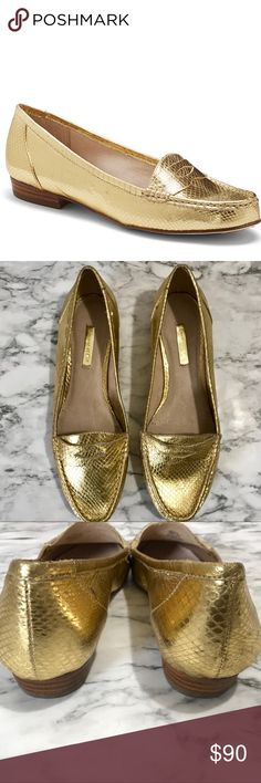 NWOB Louise et Cie Snake Embossed Penny Loafer NWOB Louise et Cie  by Vince Camuto Snake Embossed Penny Loafer Get ready to make a statement with these gold loafers. Would pair well with an all black or all white outfit Vince Camuto Shoes Flats & Loafers