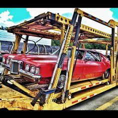 Old school Pontiac Grand Prix sitting on a parking lot.. #trucking #truckerslife #truckersjourney #roadlife #iphone4s #iphoneisha #instagramograhy #car# #americanmade #usa #classic | Flickr - Photo Sharing!