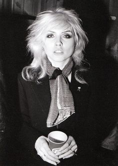 70s Photography | Debbie Harry of Blondie backstage at the Palladium, late 70's