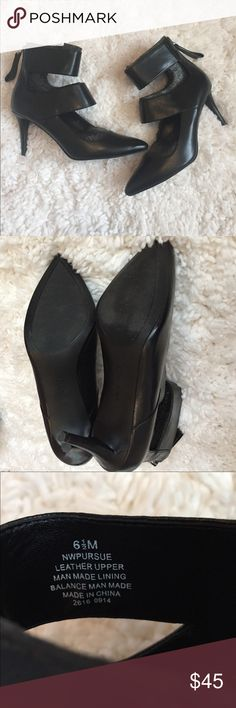NWOT Nine West heels Beautiful Nine West black leather heels. Original foam packaging. Worn inside for 1 hour. Like new. 3 inch heel, sexy cut outs and a zipper back. Size 6 1/2 women's. Will come with a box but not the original one. Bundle to save 💵! Nine West Shoes Heels