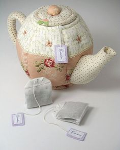 """""""Quilted Teapot & Lavender Teabags""""  
