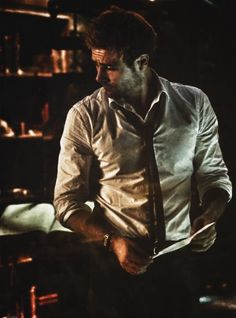 John Constantine - Constantine - Matt Ryan