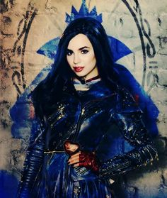 "338 Likes, 2 Comments - Evie (@rebelxevie) on Instagram: ""A princess in the making.✨ #sofiacarson #disneydescendants #devie #descendants #descendants2…"""