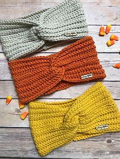Kenzie Twisted Turban pattern by Deni Sharpe Ravelry: Kenzie Twisted Headband pattern by Deni Sharpe Knitting Blogs, Loom Knitting, Knitting Patterns Free, Knitting Projects, Crochet Patterns, Free Knitting, Knitting Ideas, Crochet Twist, Quick Crochet