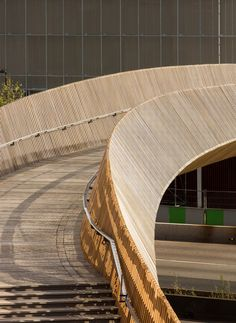 The Claude Bernard Overpass by DVVD architects