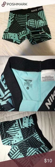 Adult M Nike pros I bought them brand new and barely wore them. Nike Other