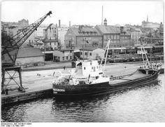 http://www.app-in-die-geschichte.de/document/50808 Zentralbild Löwe 23.3.1957