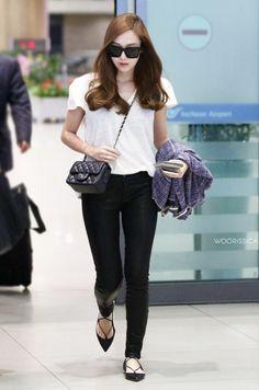 Jessica Jung airport fashion 2015