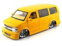 2001 Chevy Astro Van DUB 1/18 Yellow