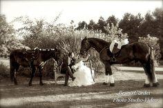 Sposi a cavallo