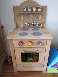 cuisini re en bois pour enfant fait maison maisonnette pinterest. Black Bedroom Furniture Sets. Home Design Ideas