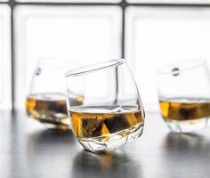 6 X Bar Rocking Whisky Glass Whiskey Drinking Glass Lens - Round Bottom 200 Ml & Garden Whiskey Sour, Bourbon, Stone Tumbler, Giant Wine Glass, Gifts For Friends, Gifts For Him, Whisky Set, Ice Stone, Whiskey Glasses