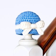 Keep your little ones head warm this year with an adorable Darling Newborn Hat! Free crochet pattern available!