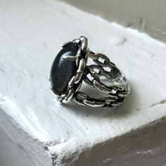 Heavy Chains Mood Ring
