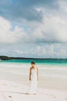 Tulum wedding / beach photographs / tulum Mexico destination wedding / Ariel Renae | Destination Wedding Photographer / elegant / classic / timeless