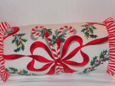 oh me, oh my.....i love this pillow made from a vintage christmas tablecloth!
