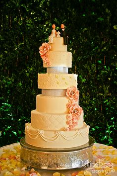 Boda Grimy & Tony-7 Cake Toppers, Sony, Wedding Cakes, Desserts, Deserts, Wedding Gown Cakes, Tailgate Desserts, Cake Wedding, Postres
