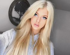 Read Loren Gray from the story Personagens by (I am hell itself) with reads. Beautiful Long Hair, Beautiful Eyes, Loren Grey, Grunge Hair, Hair Goals, Straight Hairstyles, Beauty Women, Hair Inspiration, Blonde Hair