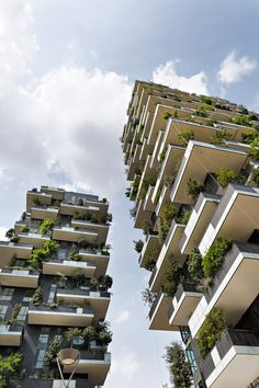 The Vertical Forest as an expression of the human need for contact with nature. // Vertikale Wälder als Ausdruck für das menschliche Verlangen nach Kontakt mit der Natur. #LifeLessOrdinary #FutureLiving