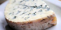 Το Φουρμ ντ' Αμπέρ αποτελεί μια ντελικάτη εκδοχή μουχλιασμένου τυριού με ρίζες στην αρχαιότητα.
