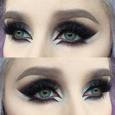 "I used @limecrimemakeup Venus palette   @urbandecaycosmetics eyeshadow blackout   @makeupstore microshadow White, cake eyeliner black and lip pencil burlesque   @anastasiabeverlyhills dipbrow pomade in taupe   @diamond_japney lashes in desired   @misaki_cosmetics lenses in 4tone green, use code ""HELENESJ"" to get 10% off. Använd min kod ""HELENESJ"" för att få 10% rabatt på linser hos @misaki_cosmetics ✨ #mua #muashootingstar #makeupartist #motd #eotd #urbandecay"