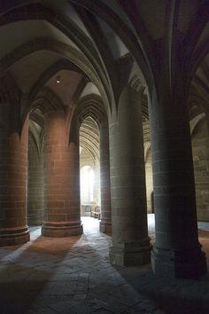 #abbaye #abbey #montsaintmichel #france #normandie #tourisme Region Normandie, Le Mont St Michel, Medieval Gothic, Saint Michael, The Cloisters, Normandy France, Rouen, Building Art, Romanesque