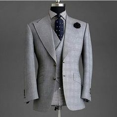 44 Elegant Men's Office Outfit Ideas Sharp Dressed Man, Well Dressed Men, Mens Fashion Suits, Mens Suits, Mode Costume, Mens Attire, Mode Masculine, Suit And Tie, Gentleman Style