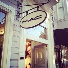 Mac store sign
