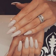 On average, the finger nails grow from 3 to millimeters per month. If it is difficult to change their growth rate, however, it is possible to cheat on their appearance and length through false nails. Are you one of those women… Continue Reading → Gorgeous Nails, Love Nails, Fun Nails, Pretty Nails, Sexy Nails, Perfect Nails, Classy Nails, Stylish Nails, Simple Nails