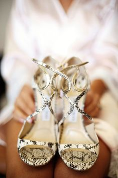 Emotional Wedding in Hawaii, USA Hawaii Wedding, Sneakers, Shoes, Fashion, Italia, Tennis, Moda, Slippers, Zapatos
