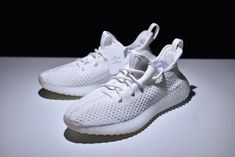 "489c0b0ad0c26 2018 adidas Yeezy Boost 350 V2 ""Cream White"" CP9366 Black And White"